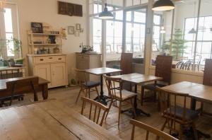 空間のカフェ